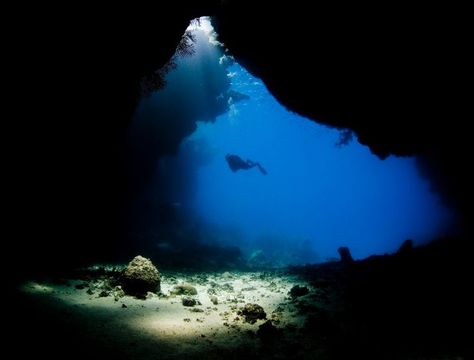 Scuba Diving Diver Ocean Sea Underwater Cave Wallpaper Background - An alien world lurks beneath in this creepy cave diving video