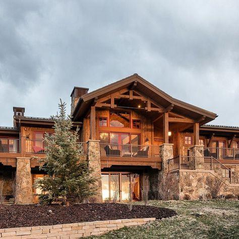 A Beautiful Mountain Home Built In Tuhaye Utah Mountain Dream Homes Rustic House Rustic Home Design
