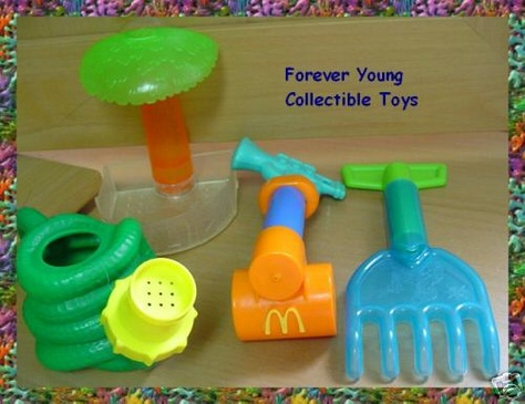 McDonald's ** HAPPY MEAL ** toy lot earth/beach ~ we had these!!
