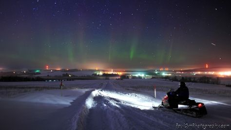 Snowmobiling in Maine with the Northern Lights.       Paul Cyr Photography:  http://www.crownofmaine.com/paulcyr/olympus-daily-photos/