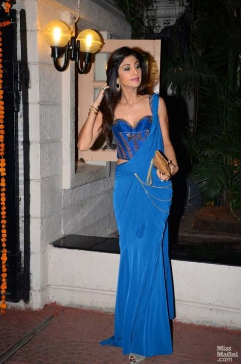 Shlipa Shetty at Ekta Kapoor's Diwali Party : Shilpa wore this blue Tarun Tahiliani fusion really nicely but otherwise, I'm not really a fan of this design. It's just because of Shilpa and how she carried it, made it seem nice.