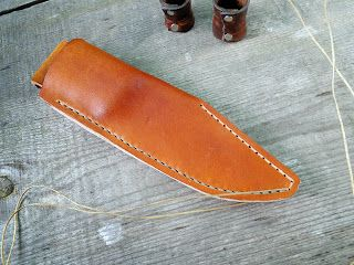 Andrzej Woronowski Custom Knives Tutorial How To Make A Simple Leather Sheath Simple Leather Diy Leather Holster Diy Leather Knife Sheath