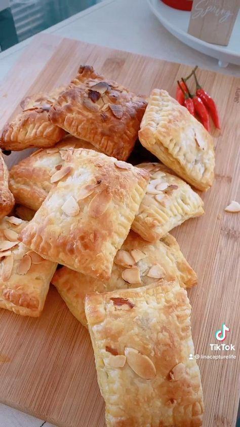 Super easy to make @pffarmhouse #puffpastryrecipes #beeffoodrecipes #snacks #currypuff #recipeideas