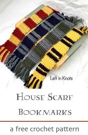 Easy Crochet Patterns A free crochet pattern! Make this Harry Potter inspired House Scarf Bookmark in any or all of your favorite house colors. Are you a Gryffindor, Hufflepuff, Ravenclaw or Slytherin? A perfect pattern for beginners! Beginner Crochet Projects, Crochet Patterns For Beginners, Knitting Projects, Crochet Bookmark Patterns Free, Easy Crochet Bookmarks, Free Pattern, Beginner Crochet Tutorial, Crochet Books, Crochet Gifts