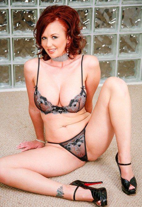 Sexy Mature Women Stripping