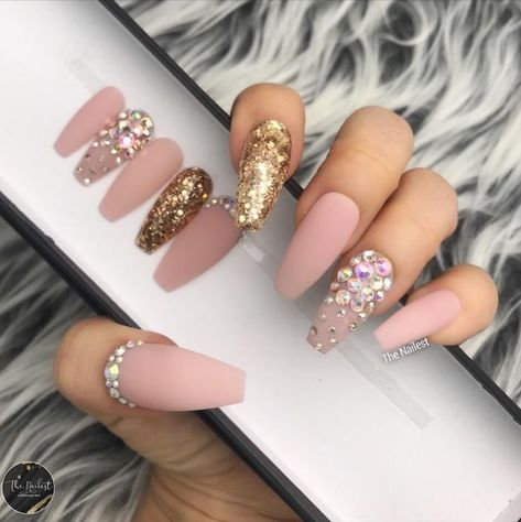 MATTY PINK NUDE WITH CRYSTAL SET – The Nailest