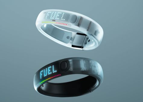 Nike Fuel Band // Here's exactly how the fitness device works.