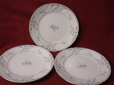 Mikasa White China Dinnerware Dorchester Pattern L9705 Set 3