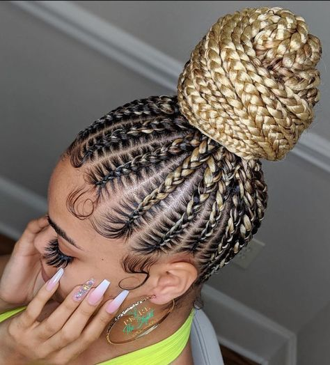 braided ponytail for black women This bun is so pretty Stunning work by pearlthestylist_ Drop a if you love them Box Braids Hairstyles, Braided Ponytail Hairstyles, Braided Hairstyles For Black Women, Braids For Black Hair, African Hairstyles, Braid Ponytail, Protective Hairstyles, Cornrows Updo, Braided Buns