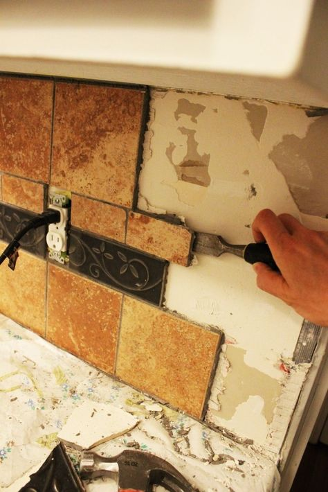 How To Remove A Kitchen Tile Backsplash With Images Tile