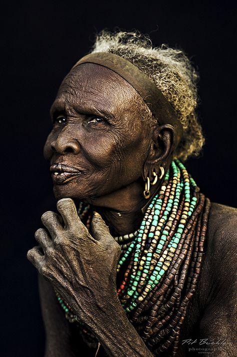 Фото африканских старых мужиков, смотреть онлайн русский вагинальный фистинг