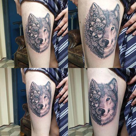 #tattoos #tattoo #tattooist #wales #dots #dotworktattoo #pointillism #wolf #wolftattoo #thigh #thightattoo #tattooist