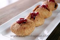 Dry Fruit Kachori: Kachoris enriched with dry fruits.