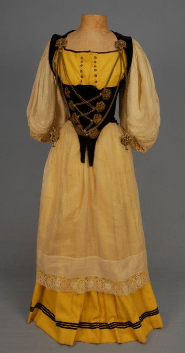 Swiss ethnic dress 1910