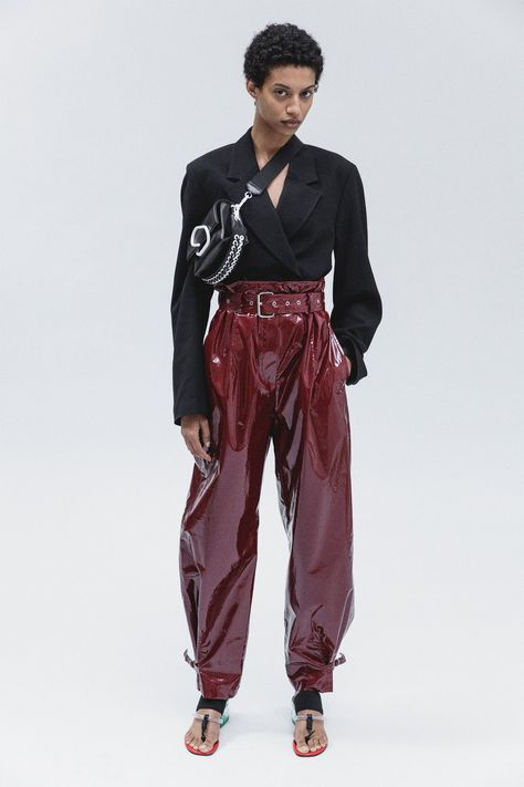 3.1 Phillip Lim Resort 2018 collection, runway looks, beauty, models, and reviews.