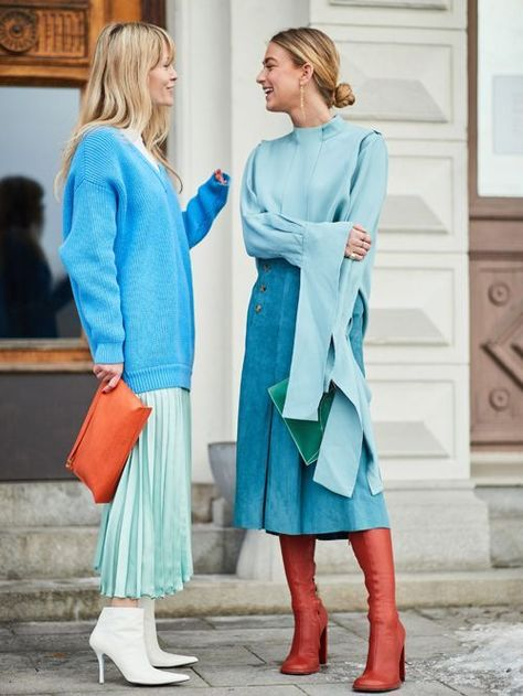 Kicking off 2018 in style, it's the Scandi crew at Stockholm Fashion Week. H… Kicking off 2018 in style, it's the Scandi crew at Stockholm Fashion Week. Here are the best street style looks from the chilly Swedish city.