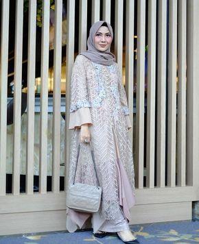 Baju Gamis Rancangan Zaskia Sungkar