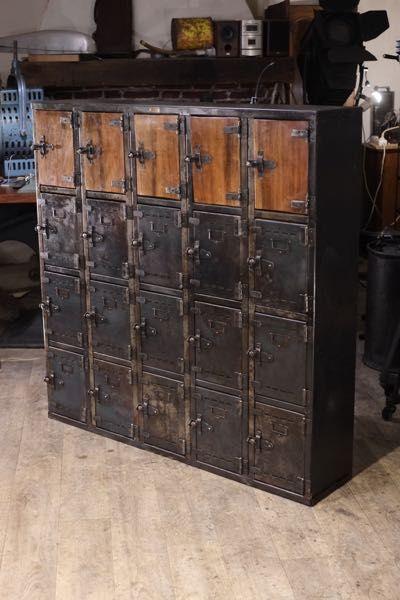 Renaud Jaylac Brocantes Antiquites Industrielles Meuble De Metier D Atelier Meuble De Metier Meubles Industriels Decoration Style Industriel