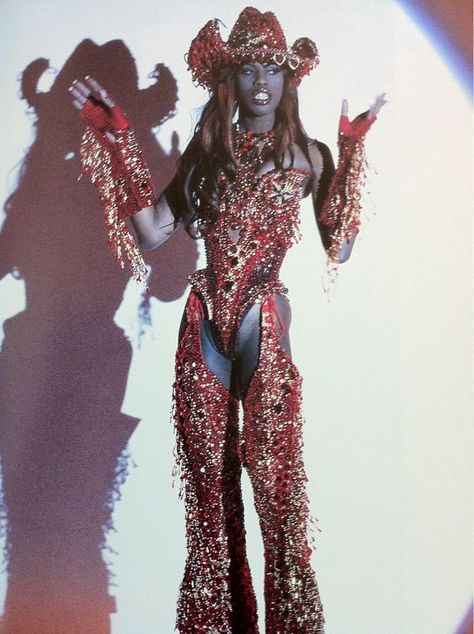 """vintagewoc: Connie Fleming at Thierry Mugler S/S. - vintagewoc: """"Connie Fleming at Thierry Mugler S/S """""""