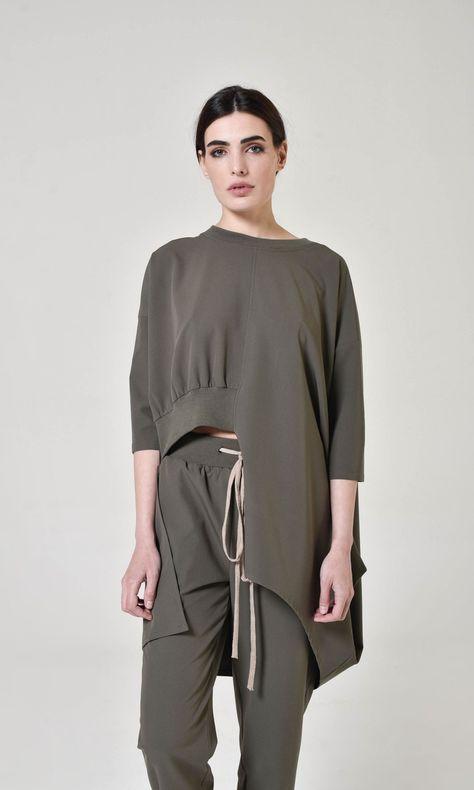 Asymmetric cut off blouse A90273 #handmade #fashion #springstyle #springfashion #contemporary #extravagant #minimal #streetstyle #aakashastyle #aakasha #maxi