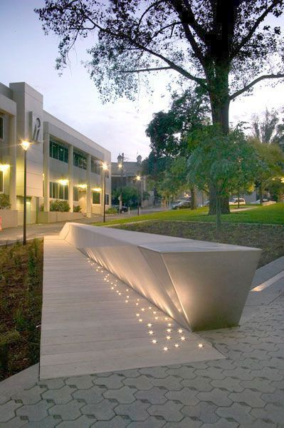 Creating Beauty At Home With Landscape Design Tips Landscape Lighting Design Landscape Architecture Modern Landscaping