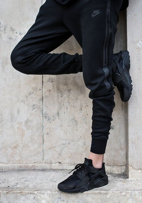 Streetwear Daily Urbanwear Outfits Tag to be featured DM for promotional requests Tags:
