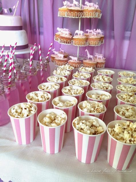 Super cute pink circus party - lots of great ideas here!   A house full of sunshine #birthday #party