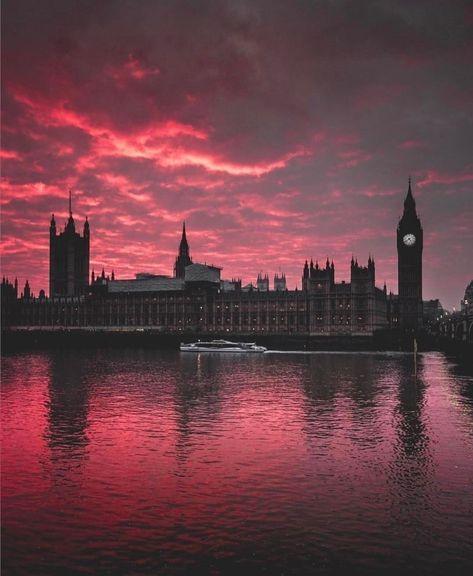 "Amazing London Shots on Instagram: ""It´s time for some traveling @amazing_london_shots . . . . . . . It´s time for some traveling @amazing_london_shots . . . . . . . I ❤️…"""