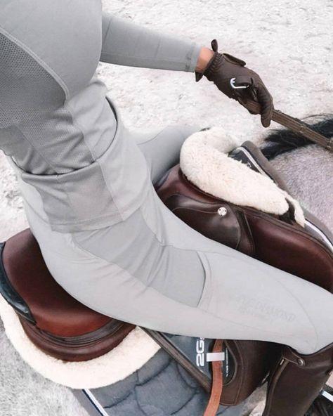 Cute Horses, Horse Love, Beautiful Horses, Equestrian Chic, Equestrian Outfits, Equestrian Fashion, Horse Fashion, Horse Riding Fashion, Horseback Riding Outfits