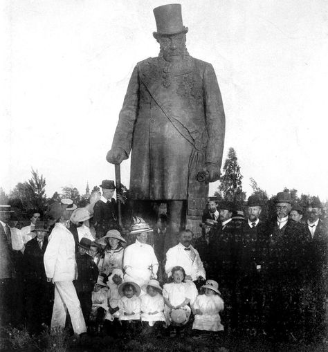 HISTORIESE GEBEURTENISSE - Pagina 2 Ba94706f2d36335370cba98308360d4f--afrikaans-african-history