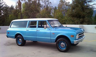 1968 Chevrolet Suburban 4x4 | long live the Suburban | Classic chevy