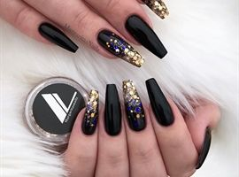 Glitter Ombre By Margaritasnailz Ombre Nails Glitter Black Gold Nails Gold Nails