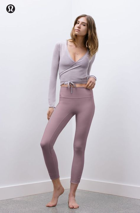 Yoga Clothes : Immersed in feel. lululemon x Taryn Toomey is back. Yoga Clothes : Immersed in feel. lululemon x Taryn Toomey is back.