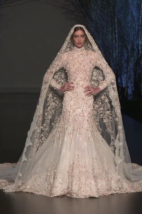 Ralph & Russo Look 44 Amazing Wedding Gown