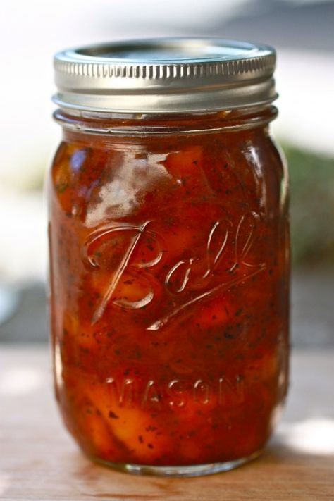 Earl Gray Peach Preserves Recipe ~ absolutely addicting on anything from bagels to crackers to muffins.