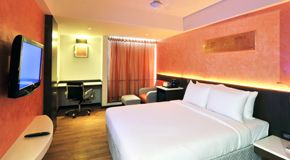 Luxury 4 Star Hotels In Indore With Images Luxury Hotel Hotel