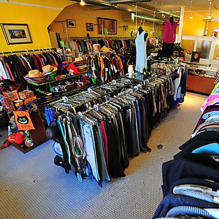 Chicago S Best Thrift Stores For Secondhand And Resale Shopping Thrifting Resale Shops Shopping