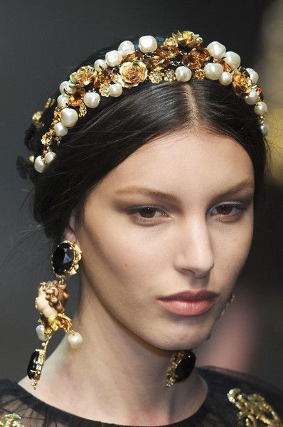 Dolce & Gabbana at the Milan Fashion Week in autumn 2012 .- Dolce & Gabbana auf der Mailänder Modewoche im Herbst 2012 Dolce & Gabbana at the Milan Fashion Week in autumn 2012 -