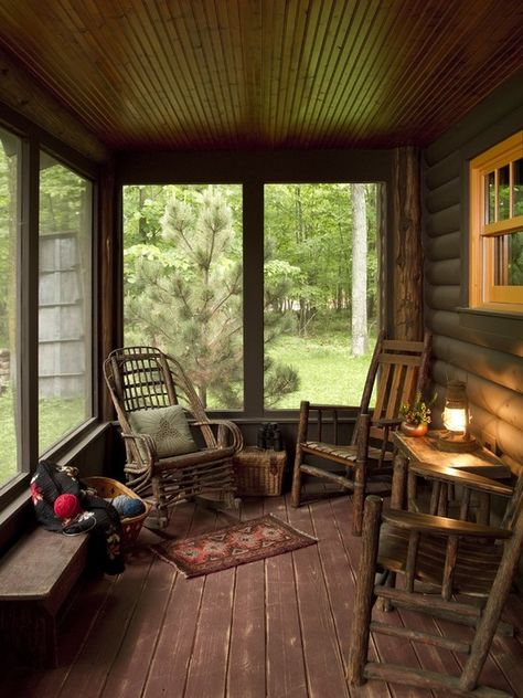 A very inviting porch.... Michelle Fries, BeDe Design. Lovely porch with pieces of Old Hickory.