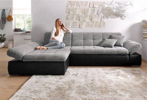 Top 99 Living Room Decorating Ideas Burgundy Living Room Contemporary Sectional Sofa Sectional Sofas Living Room