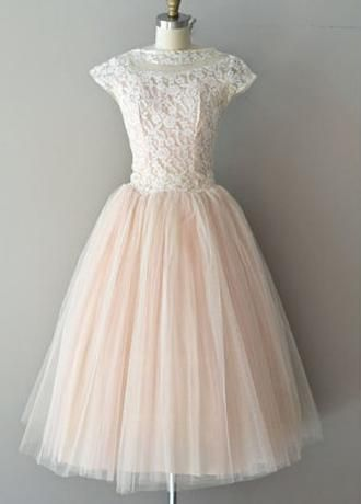 Chic Lace Tulle Jewel Neckline Knee Length A Line Homecoming Dress In 2020 Knee Length Prom Dress Knee Length Wedding Dress Blush Pink Wedding Dress
