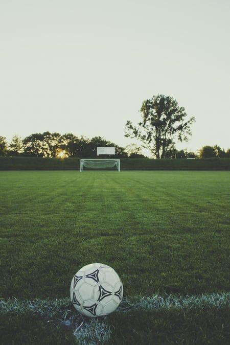 Soccer Aesthetic In 2020 Soccer Pictures Football Pictures Soccer Backgrounds