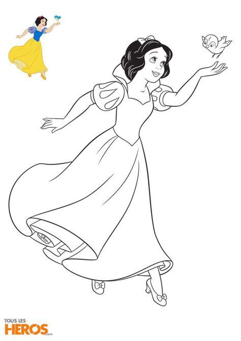 Coloriages Disney Princesses Blanche Neige Avec Un Mignon Petit