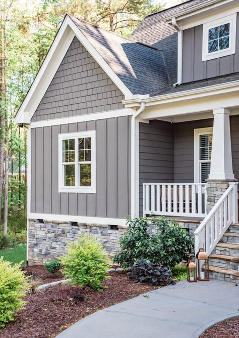 The Gray Cottage – Exterior Paint Colors – The Gray Cottage - Modern Design Exterior Gris, Exterior Gray Paint, Exterior Paint Colors For House, Paint Colors For Home, Craftsman Exterior Colors, Gray Exterior Houses, Exterior Doors, Gray House Exteriors, Exterior House Paint Colors