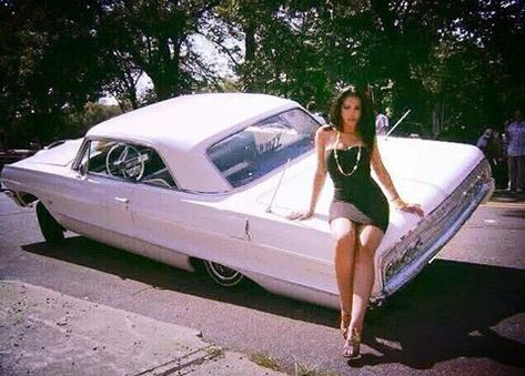 old school cars aesthetic oldschool-autos ästhetisch old school cars aesthetic # Chevrolet old cars; old cars Cool; old cars Cute Bad Girl Aesthetic, White Aesthetic, Retro Aesthetic, Man Cave Garage, Arte Lowrider, Lowrider Trucks, Old School Pictures, Crazy Pictures, Estilo Cholo
