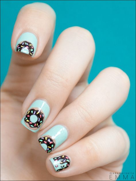 Awesome Nail Art Patterns And Ideas - Donut Nail Art - Step by Step DIY Nail Design Tutorials for Simple Art, Tribal Prints, Best Black and White Manicures. Easy and Fun Colors, Shapes and Designs for Your Nails http://diyprojectsforteens.com/best-nail-art-patterns-tutorials