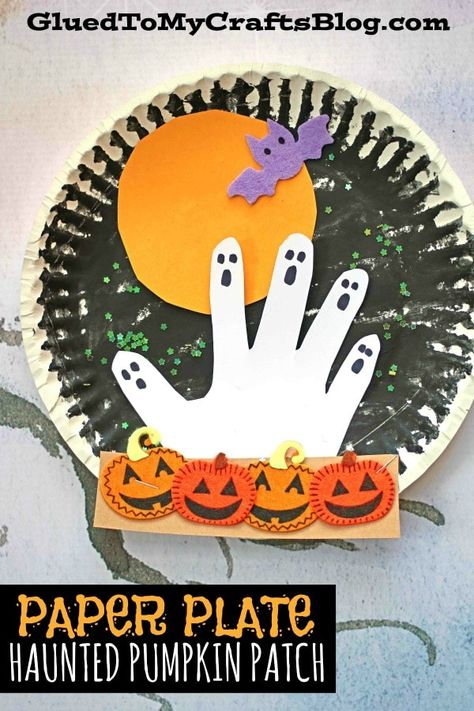 Haunted Paper Plate Pumpkin Patch At Night - Halloween Kid Craft Idea - Handprint Ghost Today's craft idea from Glued To My Crafts is spooky fun for ALL! Come see how we made this Paper Plate Pumpkin Patch At Night come to life! Theme Halloween, Halloween Arts And Crafts, Halloween Crafts For Toddlers, Halloween Crafts For Kids, Halloween Activities, Toddler Crafts, Halloween Crafts For Kindergarten, Halloween Projects, Daycare Crafts