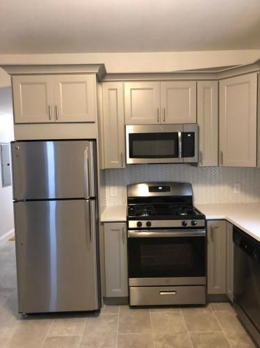 11 Beckford Street Apt 2 Beverly Ma 01915 Hotpads Hot Pads Condos For Rent Stove Appliance