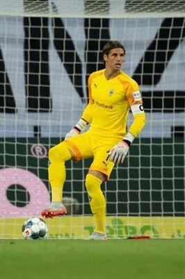 Sommer S Summer Move To Monchengladbach Uefa Europa League Uefa Com