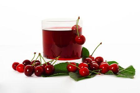 دراسة أمريكية مدهشة عصير الكرز لخفض ضغط الدم تعرفوا عليها بسم الله الرحمن الرحيم يعاني كثيرون من مشكلة الضغط الدم المرتفع التي Cherry Fruit Food
